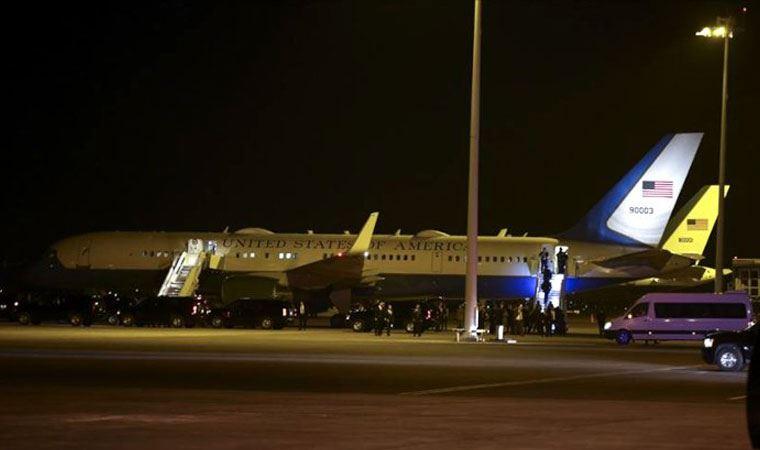 ABD Başkan Yardımcısı Uçağına Kuş Çarptı