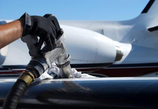 Uçaklarda Yakıt ve Yakıt İkmali