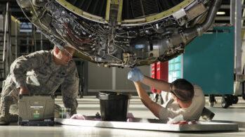 Uçak Teknisyenliği