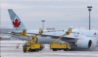 Air Canada Planes De-Icing