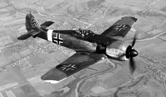 1280px-Focke-Wulf_Fw_190_050602-F-1234P-005
